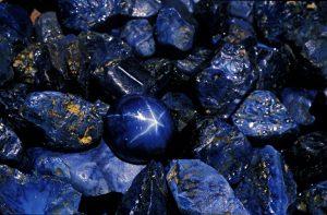 zaffiro lady diana e kate-gemmologia-zaffiro-saphir-saphir gem-saphir edelsteine-safira piedra