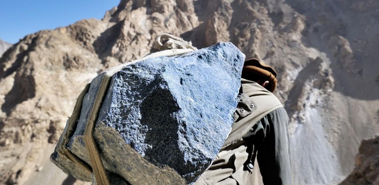 lapislazzuli-huge lapis-lapis huge-mega lapis-lapis rock-lapis rocks