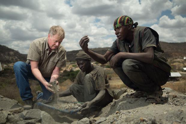 tanzanite gemma-tanzanite tiffany-tanzanit tiffany-gemology-zoisite tanzanite-zoisite
